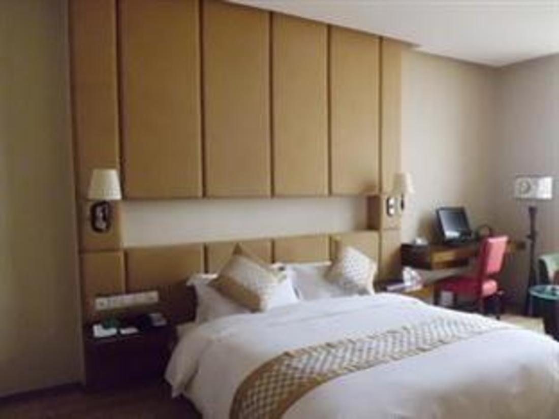深圳宾利酒店 (hotel bliss18)
