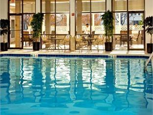 Courtyard by marriott alexandria pentagon south alexandria va united states Swimming pools in alexandria va