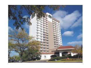 La Quinta Inn & Suites Minneapolis Bloomington W Bloomington (MN) - Exterior