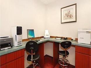 Comfort Suites Hotel Knoxville (TN) - Business Center