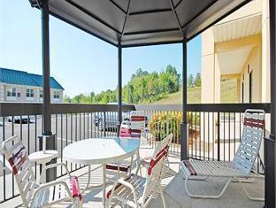 Comfort Suites Hotel Knoxville (TN) - Balcony/Terrace