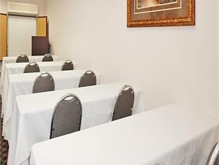 Comfort Suites Hotel Knoxville (TN) - Ballroom