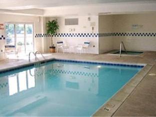 Fairfield Inn Denver South Tech Center Hotel Littleton (CO) - Swimming Pool