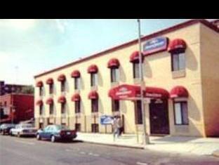 Howard Johnson Express Inn Queens Hotel