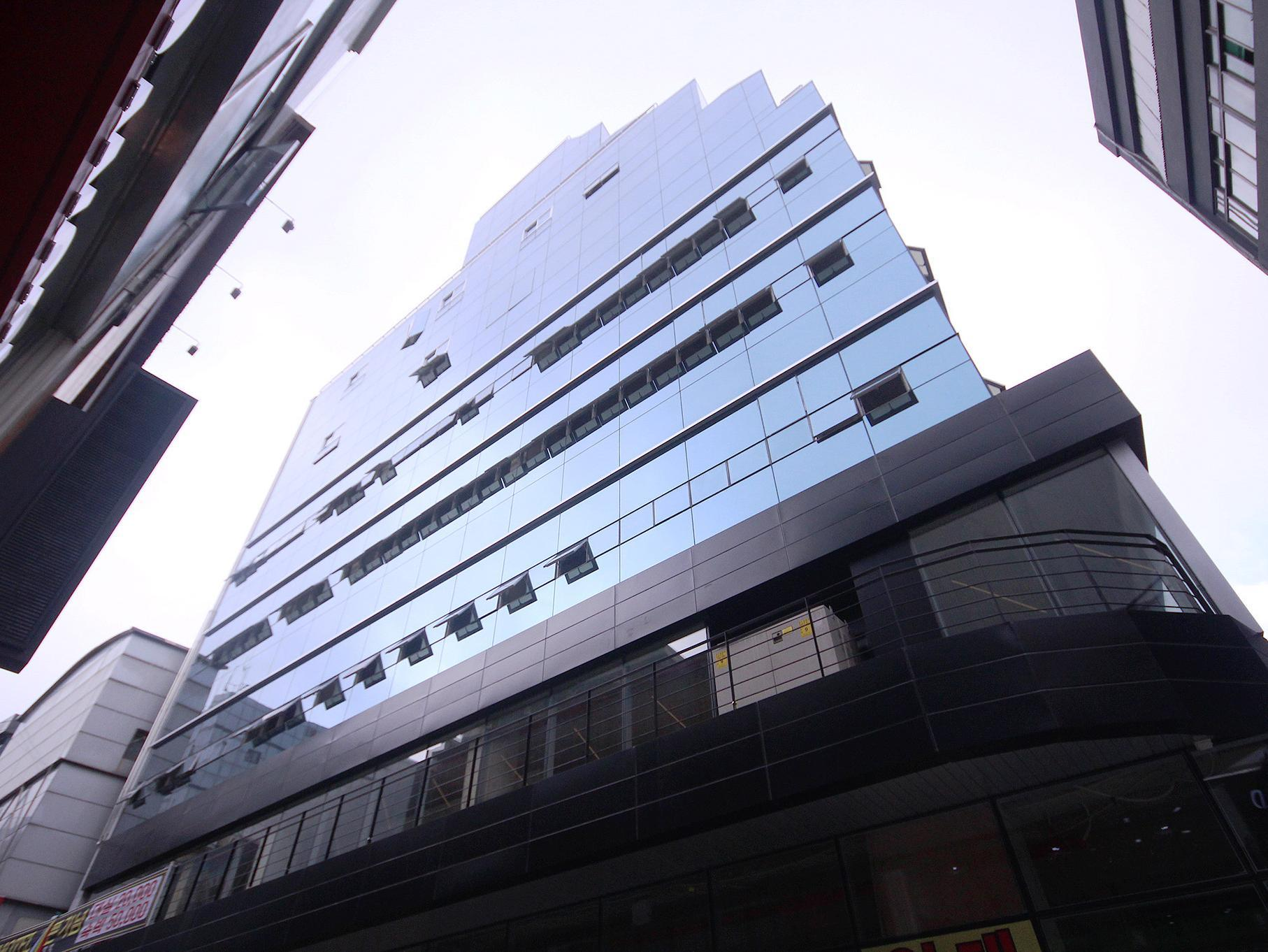 Busan Nampodong Platinum Hotel - Hotels and Accommodation in South Korea, Asia