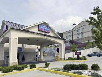 Howard Johnson Express Inn North Bergen - Hotel and accommodation in Usa in North Bergen (NJ)
