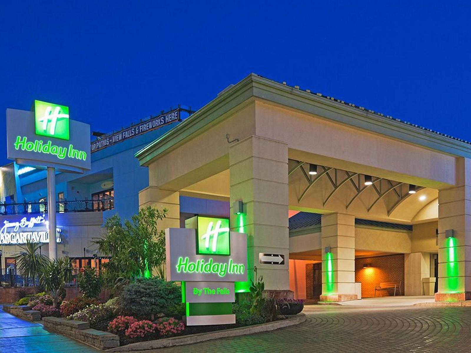 Holiday Inn Niagara Falls - By The Falls Hotel