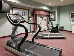Holiday Inn Express Hotel & Suites Sharon-Hermitage West Middlesex (PA) - Fitness Room