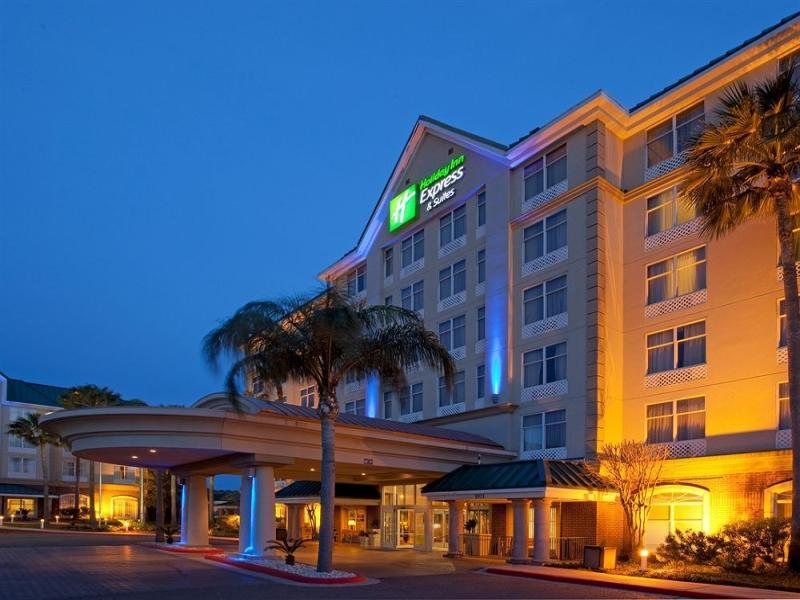 - Holiday Inn Express Hotel & Suites Mcallen