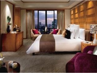 Portman Ritz-Carlton Hotel - Room type photo
