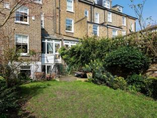 Veeve  5 Bed House Fitzwilliam Road Clapham