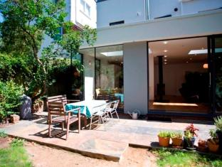 Veeve  4 Bedroom 60S Chic Broughton Gardens Highgate