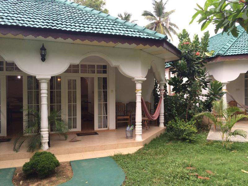 Belview guest house badulla sri lanka great for Bedroom designs sri lanka