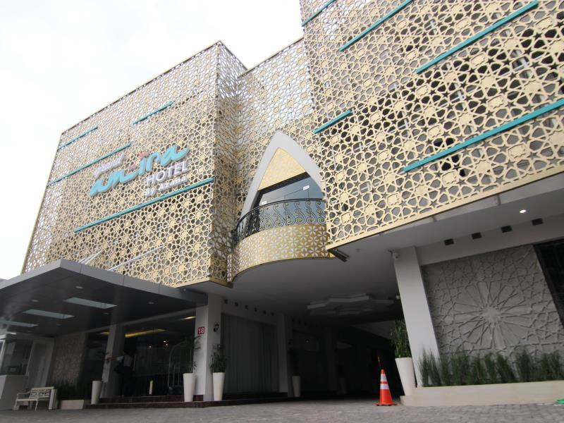 Grand Amira Hotel - Hotels and Accommodation in Indonesia, Asia
