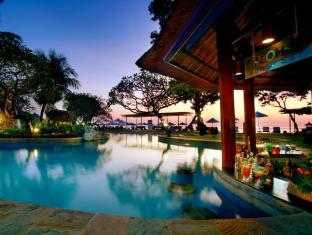 Grand Aston Bali Beach Resort Bali - Food, drink and entertainment