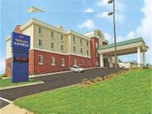 Holiday Inn Express Commerce-Tanger Outlets Hotel