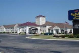 Holiday Inn Express Bluffton Hotel