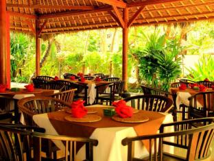 The Benoa Beach Front Villas Bali - Restaurace