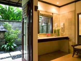 Hotel Santika Premiere Beach Resort Bali - Bathroom