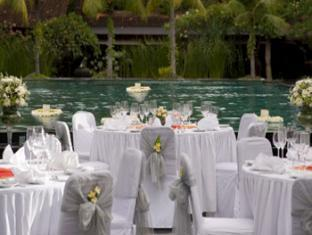 Hotel Santika Premiere Beach Resort Bali - Deluxe Pool
