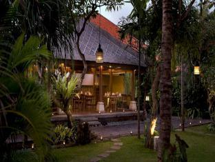 Hotel Santika Premiere Beach Resort Bali - Food, drink and entertainment