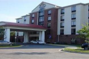 Holiday Inn Express Chesapeake Hotel