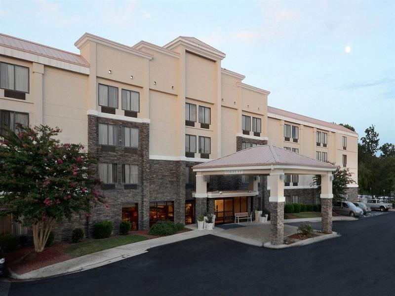 Holiday Inn Express Raleigh-Durham Airport Hotel