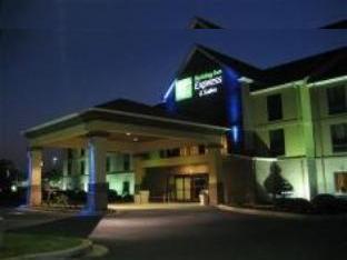 Holiday Inn Express Duncan Hotel
