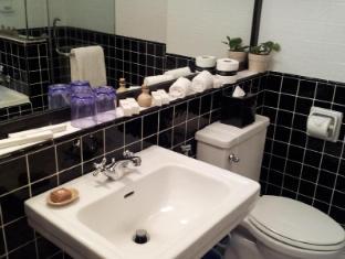 The Lakehouse Hotel Cameron Highlands - Bathroom