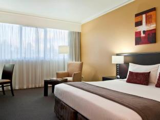 Crowne Plaza Norwest Hotel Sydney - Standard King Room