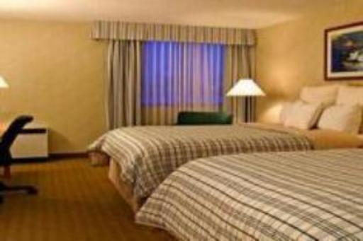 Four Points by Sheraton Saginaw hotel accepts paypal in Saginaw (MI)