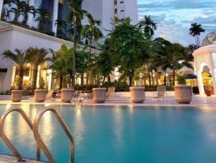 Hotel Istana Kuala Lumpur City Center Kualalumpura - Peldbaseins