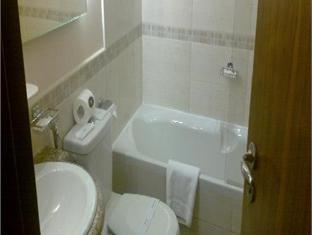 Bathroom - Grand Zamzam Hotel