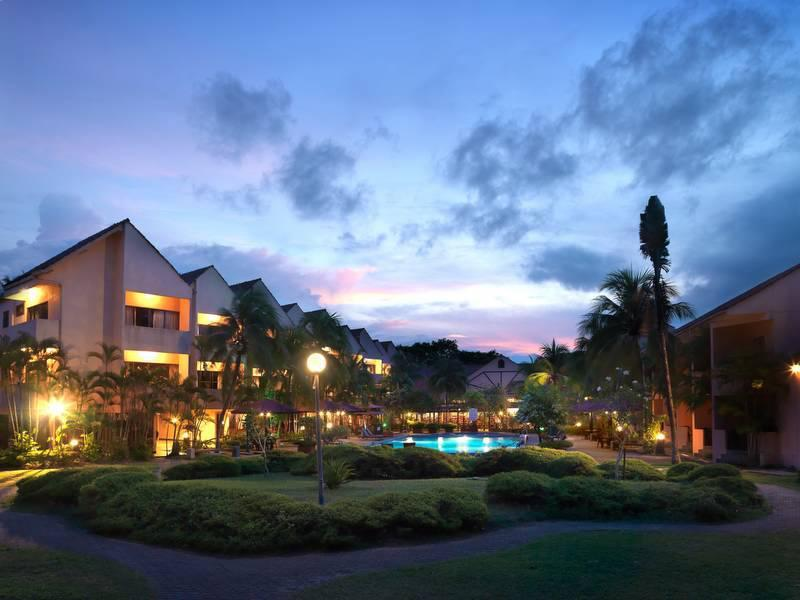 Holiday Villa Beach Resort & Spa Cherating Cherating