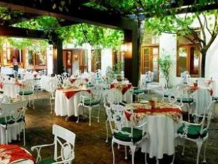 Oude Werf Hotel Stellenbosch - Food, drink and entertainment