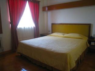 Philippines Hotel Accommodation Cheap | Taft Tower Manila Manila - Corner Suite