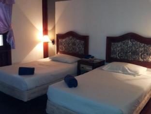 Teluk Dalam Resort Pangkor - Tanjung Chalet