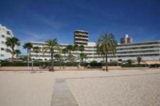 HM Royal Beach Hotel