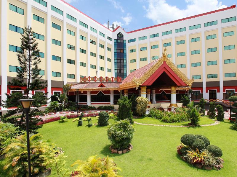 Summit Parkview Hotel - Hotels and Accommodation in Myanmar, Asia