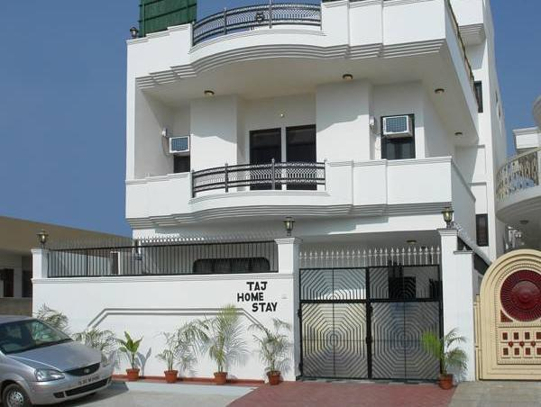 Taj Home Stay Hotel - Hotell och Boende i Indien i Agra