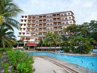 Cebu White Sands Resort and Spa Mactan Island - Hotellet udefra