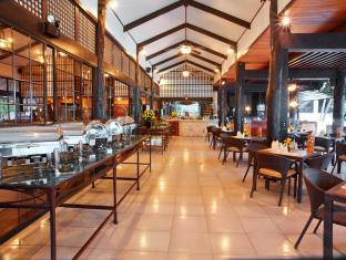 Cebu White Sands Resort and Spa Mactani saar - Restoran