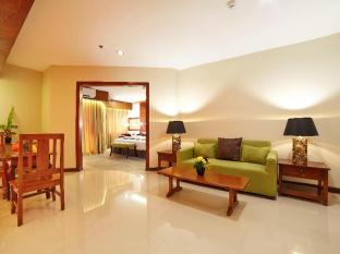 Cebu White Sands Resort and Spa Mactan Island - Suite Room