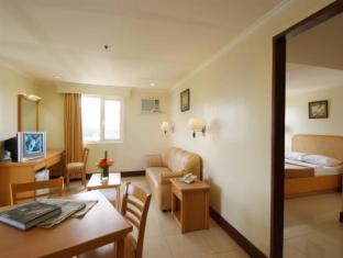 Diplomat Hotel Cebu - Cameră de oaspeţi