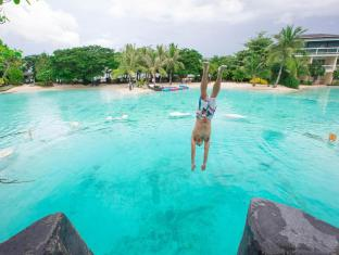 Plantation Bay Resort & Spa Cebu - Dive Rock