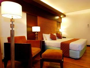 Waterfront Airport Hotel and Casino Cebu-stad - Gastenkamer