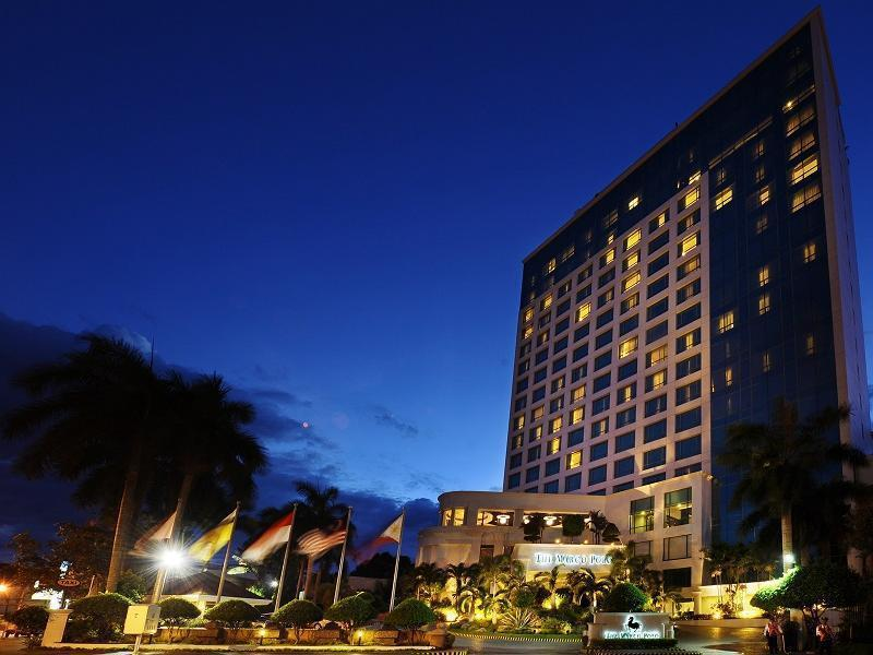 Marco Polo Davao Hotel דבאו
