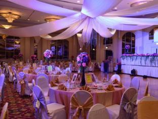 Century Park Hotel Манила - Комната для переговоров