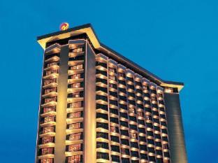 Century Park Hotel Manila - Tampilan Luar Hotel