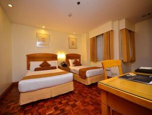 City Garden Suites Hotel Manila - Penthouse Room